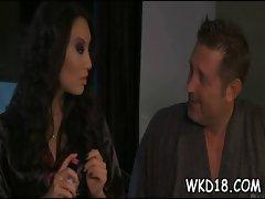 Babe seduces man to fuck