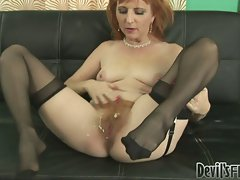 Dirty milf gets her hairy pussy covered in a blast of hot jizz