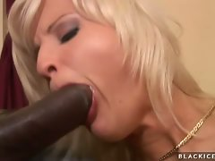 Hot blond Kassey make love to her boyfriend's cock with her sexy mouth