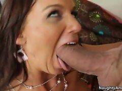 Karina OReilley blow hard the cock of her neighbor