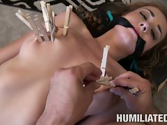 Victoria Rae hobabe clamp with a clothe clips on tits