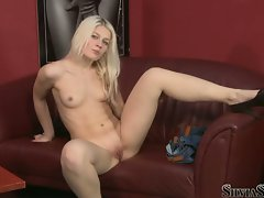 Sylvia Saint hot babe looking at naked chick in casting