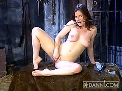 Kira Reed babe finger fuck in the dungeon