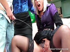 Sexparty with warm pee and twat teasing