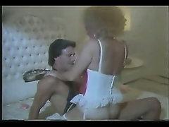 Helga Sven in Pornstar Legends 03