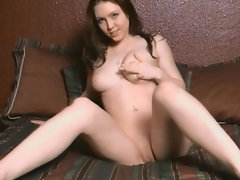 Gorgeous gf fingering pussy