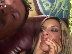 Klarisa Leone Enjoying Fisting and Sucking a Big Cock