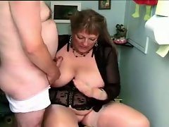 Mature french BBW assfucking young guy