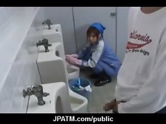Cute Japanese Teens Expose In Public 05