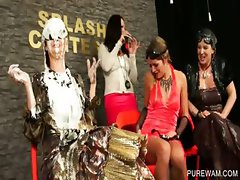 Four sluts get WAM at splash contest