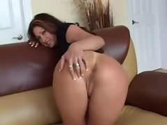 Chick with a beautiful big ass shows it off