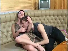 Redheaded mom gets a sticky facial