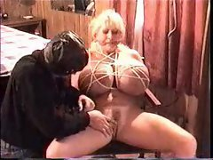 Humongous boobs slut likes bondage
