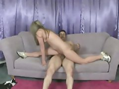 Amazingly bendy blonde girl fucked exceptionally well