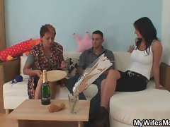 Granny seduces her daughter&amp,#039,s BF