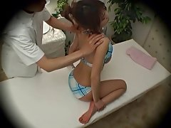 Spycam Fashion Model seduced by masseur 2