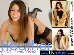 Sexy Teen Love To Play With Toys vid-08