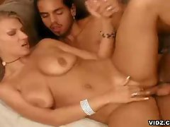 Xana starr closes eyes while getting pounded