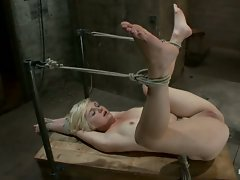 Hot blond's first time being made to squirt!  We make her cum & cum &...