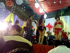 Very HOT ARAB DANCE