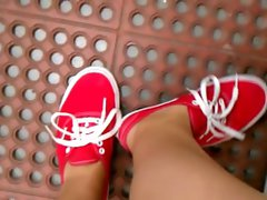 FF24 Sweaty feet in red vans