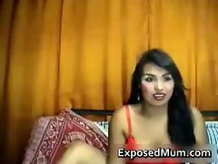 Latina MILF undresses in hot webcam