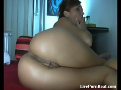 brunette girl fingering herself hard(2).flv