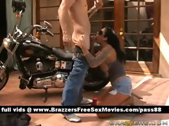 Mature naked brunette slut outside near a bike gets a blowjob