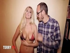 Kate Upton Cat daddy dancing in a bikini