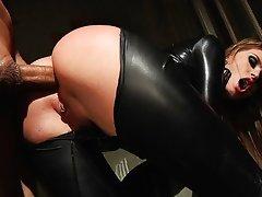 Tori Ebony in black in the back