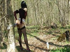 Transsexual toying in the forest