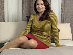 heavy attractive mature strips and demonstrates her twat