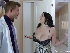 Raunchy America buxom latina Lassie Martinez cheats