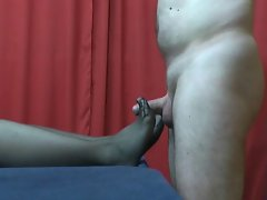 Sensetive Pantyhose Footjob