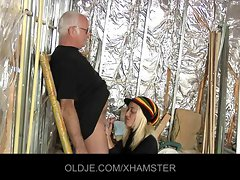 Older man is banging his 19yo blondie assistant