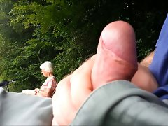 Public cumshot for granny in the park