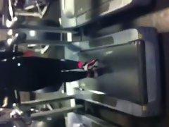 Fatty Butt on Treadmill 2