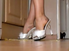 Married woman IN RHT STOCKINGS