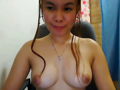 Stunning FILIPINA CAM Lady Exposes HER Sweet BOOBS!!