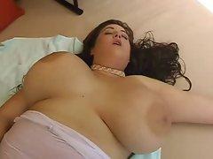 Eden Mor Orgasm