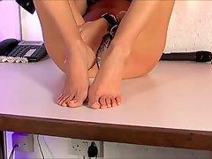 Lili Roma, amazing top heavy romanian - feet 2