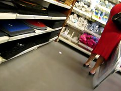 attractive mature upskirt no panty in the store 3