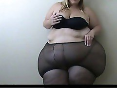 SSBBW Struggles Into Pantyhose
