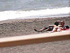 Amateur couple Bj and hj on beach