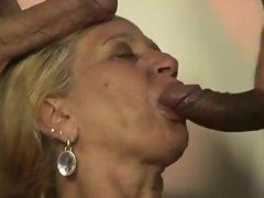 Horny Granny 09