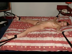 BONDAGE AMATEUR GIRLS AND MILFS !!!