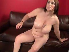 Desiree De Luca massage and fuck