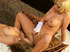 Lesbian divas