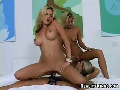 Three hot babes