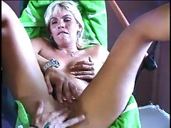 MILF gets fingered